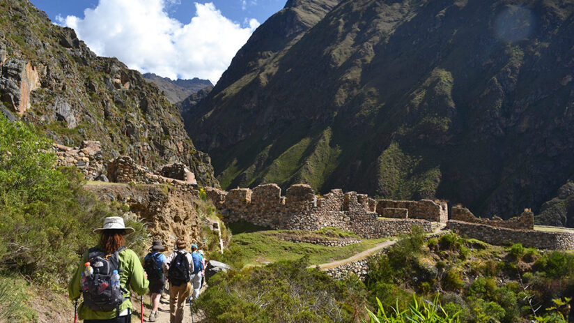hiking the inca trail route