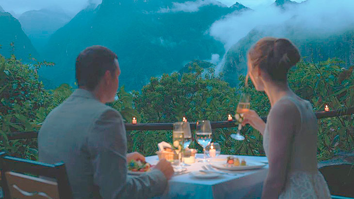 romantic dinner near to machu picchu