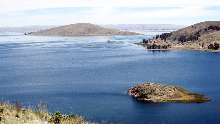 amazing view of lake titicaca