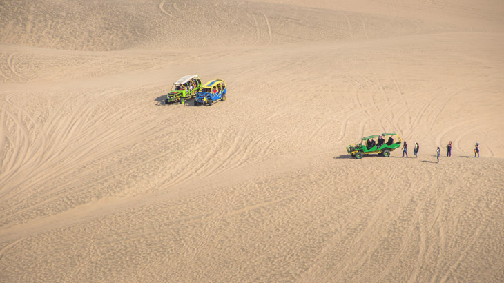 dune buggies huacachina ica
