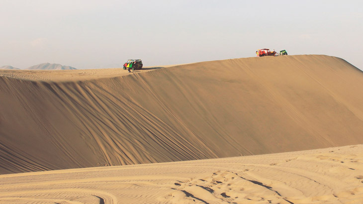 dune buggies huacachina oasis