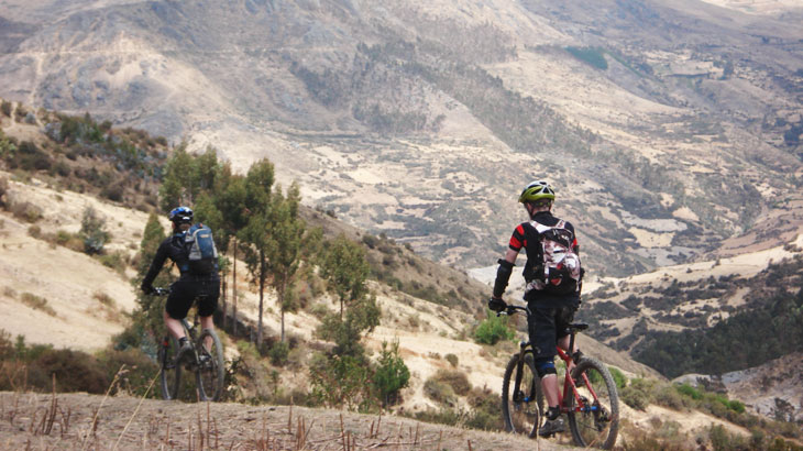 mountain biking peru tourist attraction
