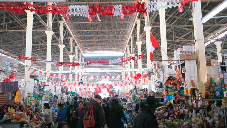 san pedro market trip to machu picchu