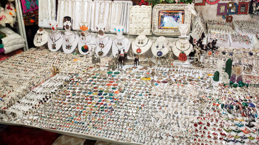 souvenirs to buy in machu picchu jewels