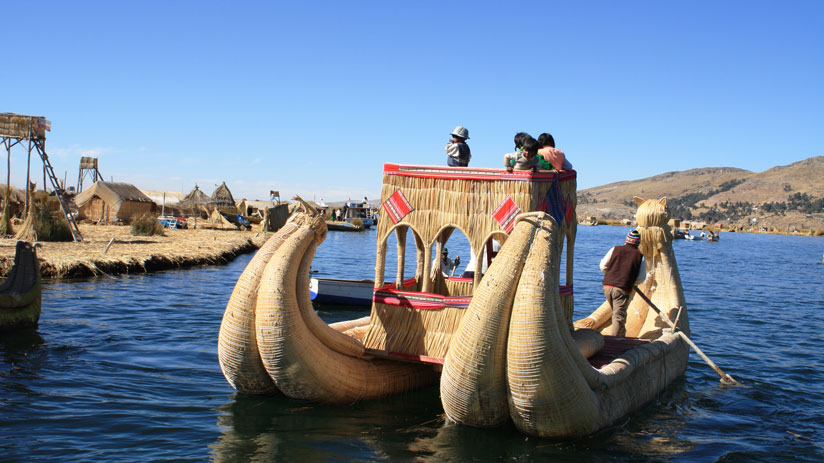 lake titicaca peru tourism