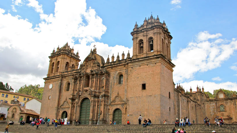 walking tour cusco cathedral