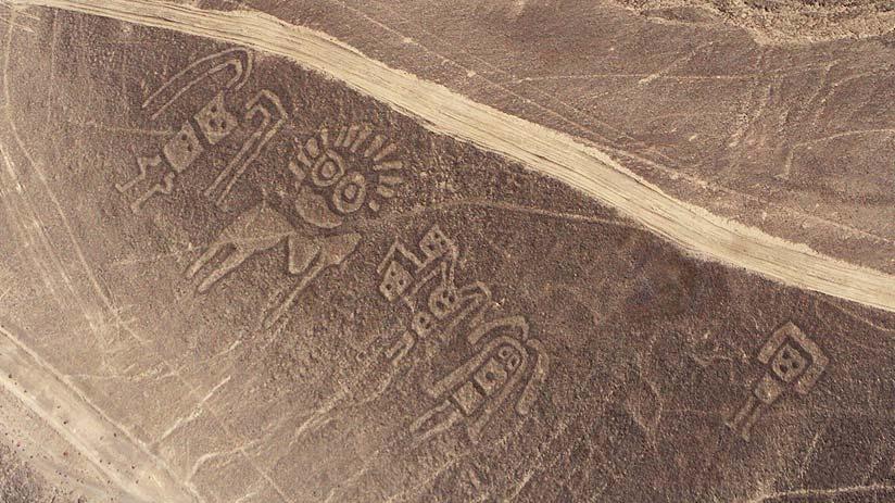 figures nazca lines peru