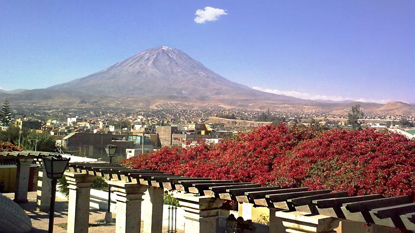 visit misti volcano arequipa peru