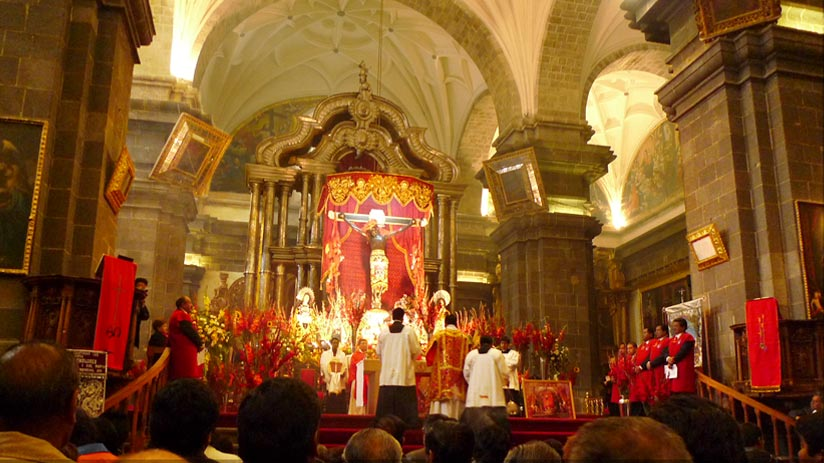 holy week in cusco cathedral