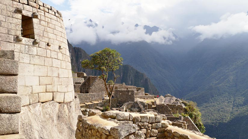 tower machu picchu weather