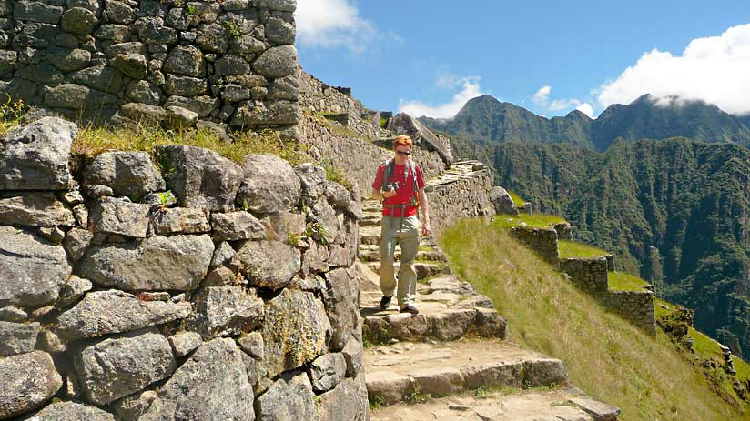 hike machu picchu train tickets