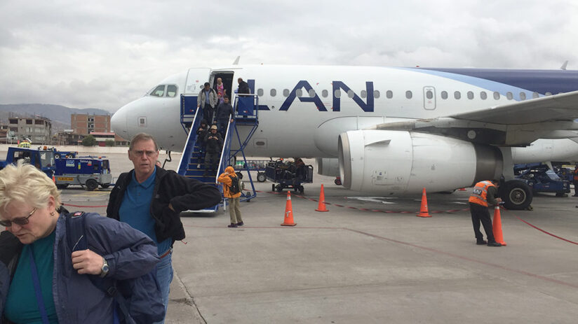 traveling by plane from lima to cusco