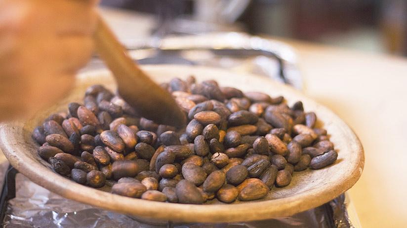 peruvian chocolate cusco treat cocoa beans