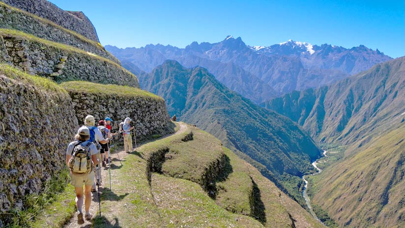 hiking inca trail availability