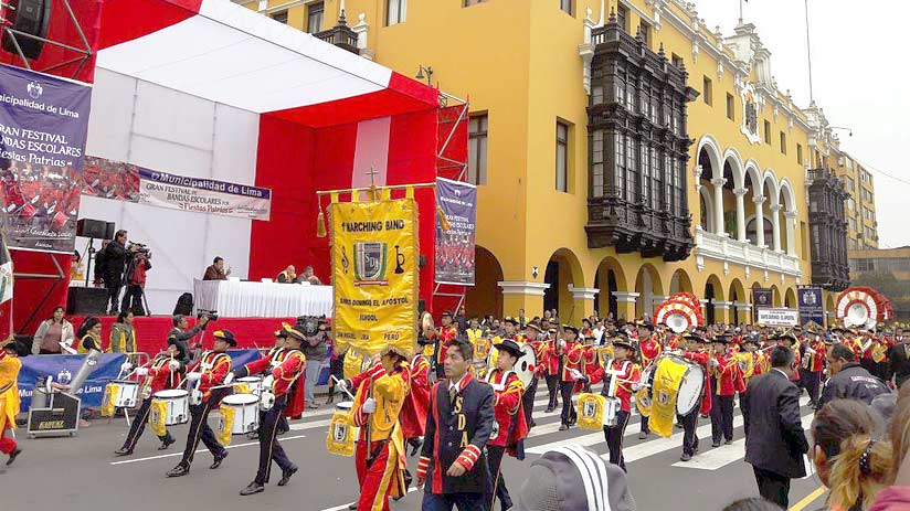 best time to visit lima peru festival