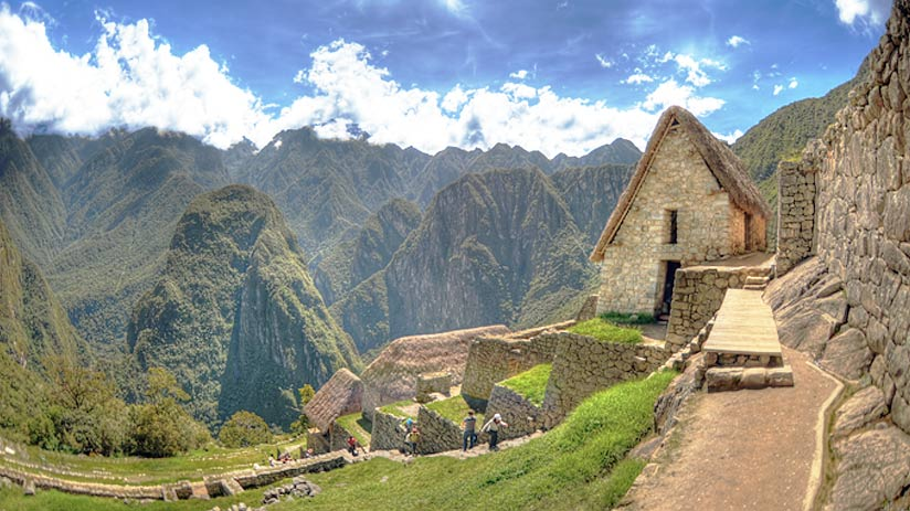 how high is machu picchu