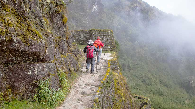 hiking inca trail booking