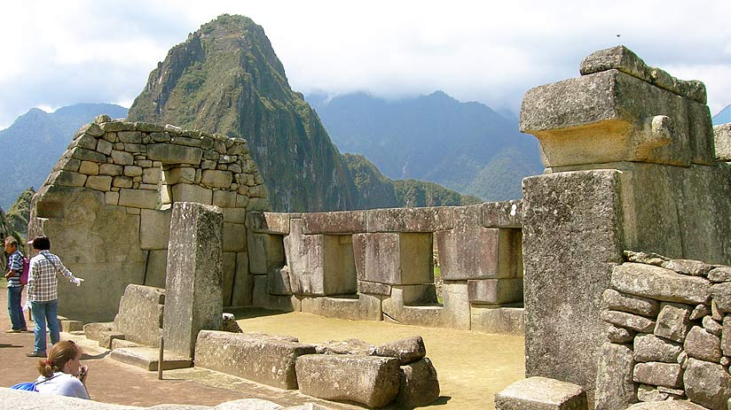 three windowns machu picchu map