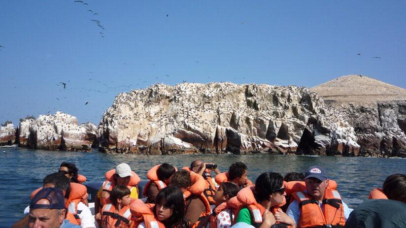 peru tourist map paracas