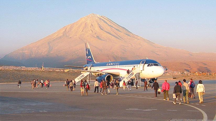 peruvian airlines misti volcano