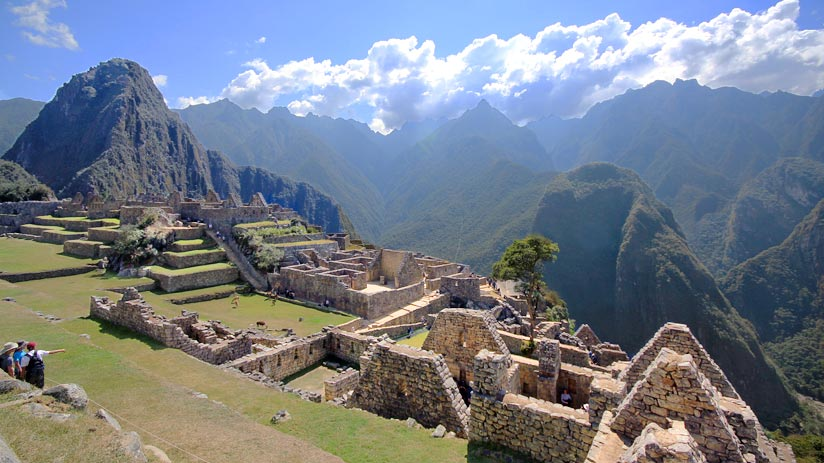 ruins machu picchu to lake titicaca