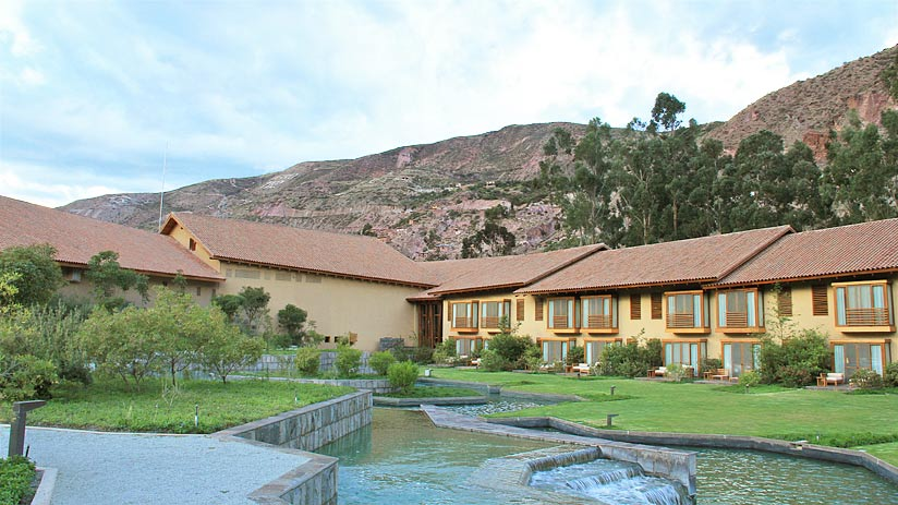 tambo inca sacred valley hotels