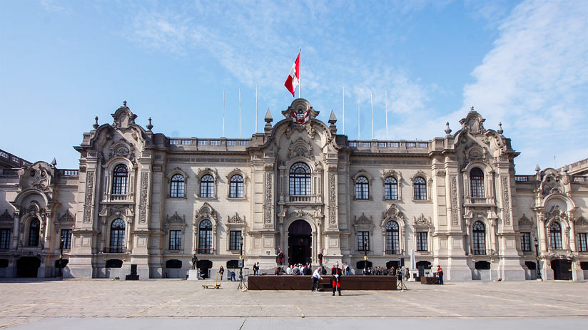 tourist attractions in lima peru palace