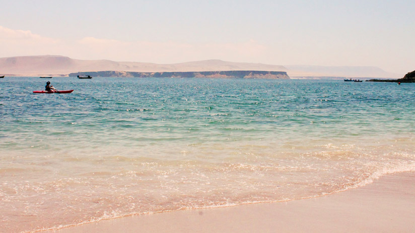 beautiful beach, things to do in paracas peru