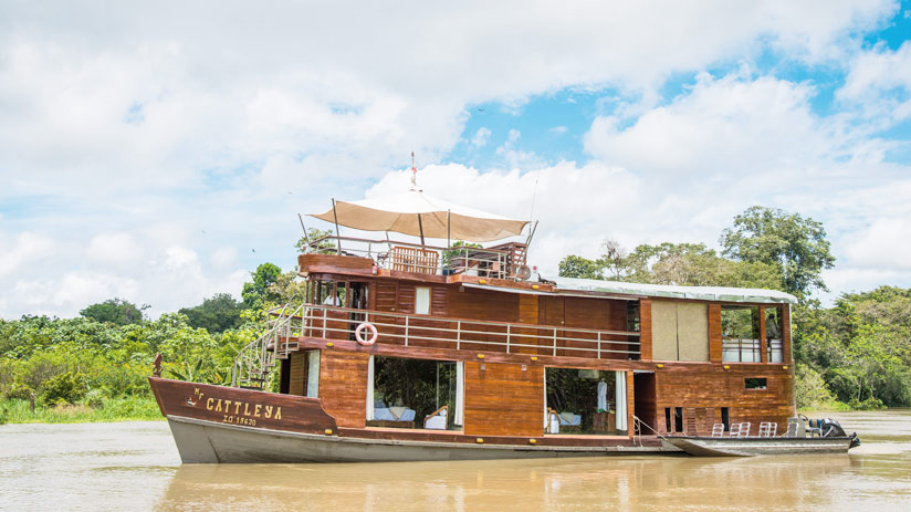 cruise in amazon river, adventure holidays peru