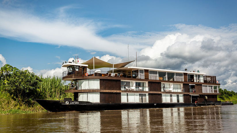 tour on the amazon river, traveling to peru in march