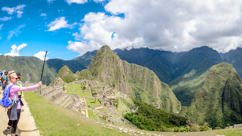 climbing machu picchu mountain, place to take the best pictures