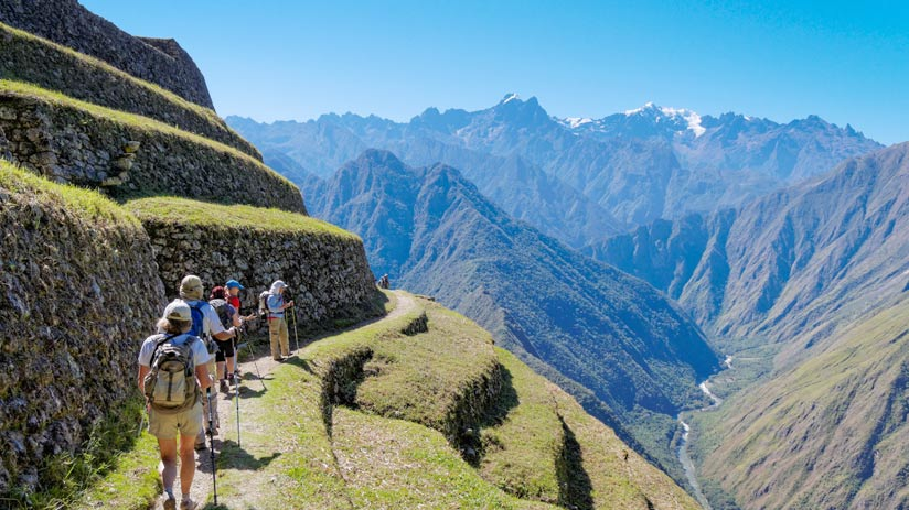 walking on the inca trail in the machu picchu itinerary