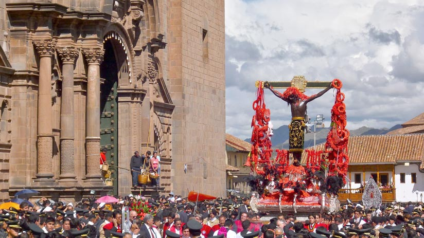 procession of lord of tremors, best time to visit peru