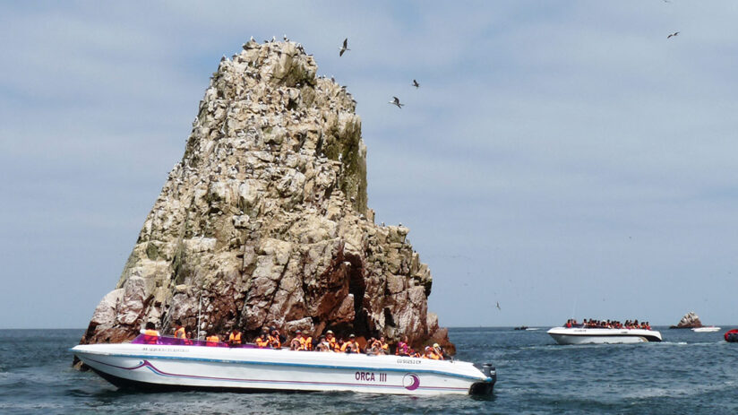 popular tourist destinations ballestas islands