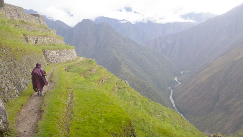 wet weather inca trail, climbing machu picchu