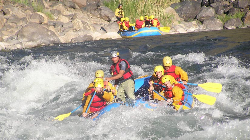rafting in sacred valley of the incas, adventure holidays peru