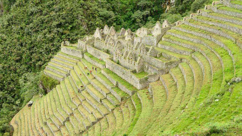wiñay wayna town in the inca trail, machu picchu information.