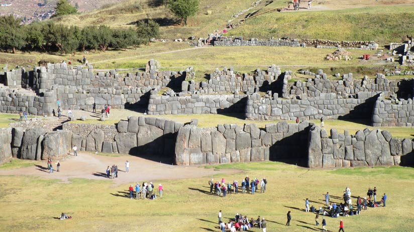 visit sacsayhuaman with cusco packages
