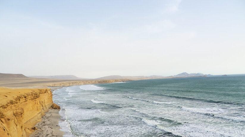 the coast in peru