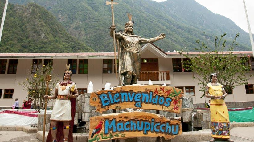 how to get to aguas calientes with your peru travel guide