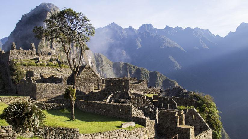 visit machu picchu citadel in a peru tours
