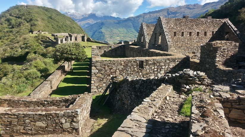 visit choquequirao and machu picchu in peru