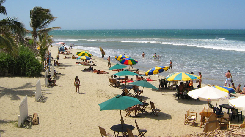 visit mancora in yours vacactions in peru
