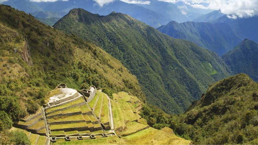 peru machu picchu hike magical inca trail view