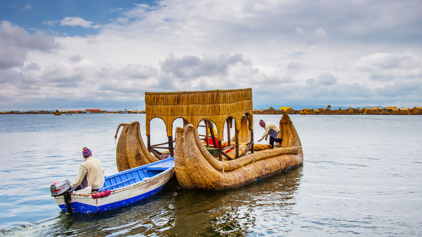 puno boat tours totora boats