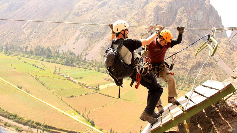 adventure sports in the sacred valley zip-line