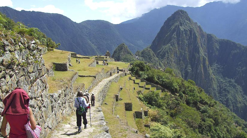 best time to walk inca trail arriving machu picchu