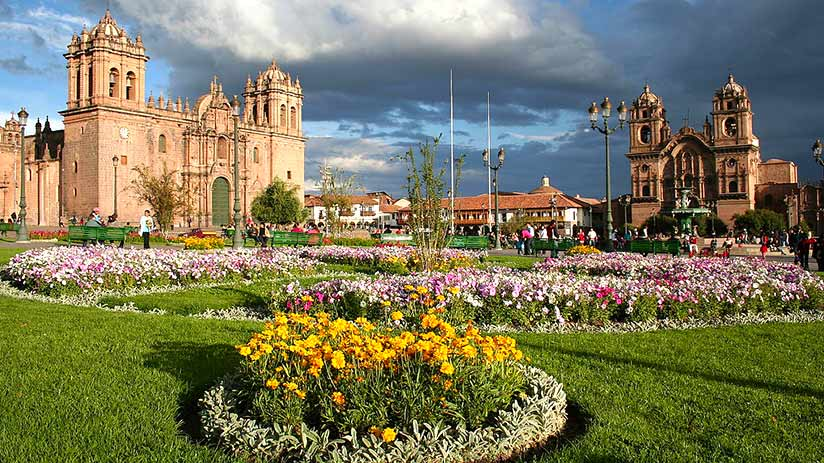 city tour in cusco plaza de armas