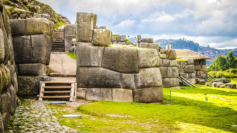 city tour in cusco sacsayhuaman