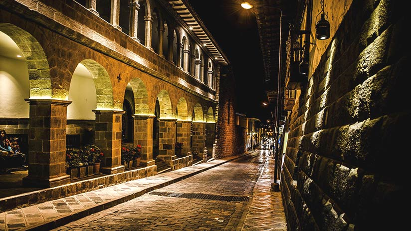 cusco nightlife streets